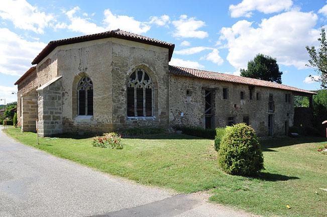 Le chevet de l'église et la vue est des bâtiments conventuels