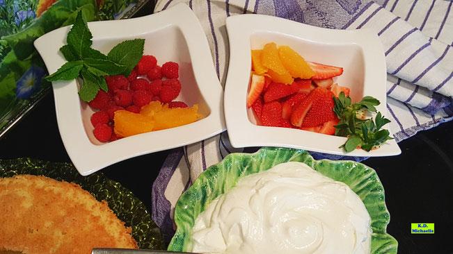 Rezeptvorschau auf ein Backrezept für einen fruchtigen, ganz individuellen Beerenkuchen aus Dinkel-Dreams 2 von K.D. Michaelis