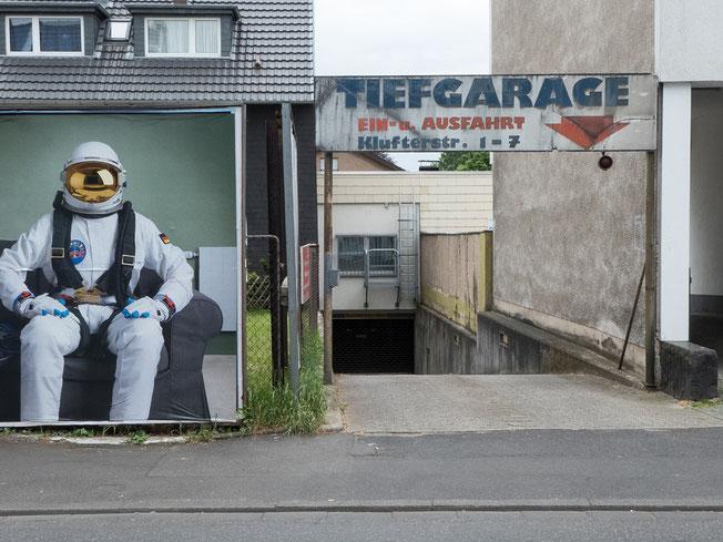 underground parking, Tiefgarage, Garage, Astronaut, Friesdorf, Bonn,