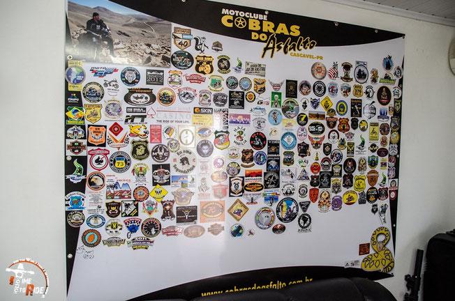 Brasilien - Motorrad - Reise - Worldtrip - Motorcycle - Südamerika - South america - Cobras do Asfalto Stickerwand von Reisenden