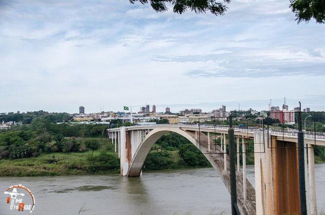 Brasilien - Motorrad - Reise - Worldtrip - Motorcycle - Südamerika - South america - Paraguay - Freundschaftsbrücke von Foz do Iguacu nach Ciudad del Este