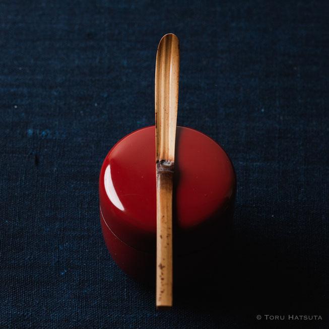 『煤竹旅茶杓.P』点前の際の目線のイメージで