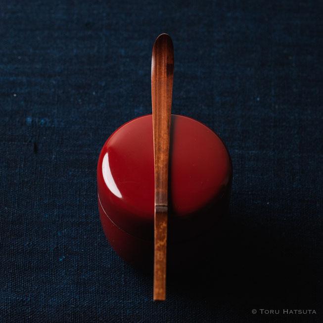 『煤竹旅茶杓.K』点前の際の目線のイメージで