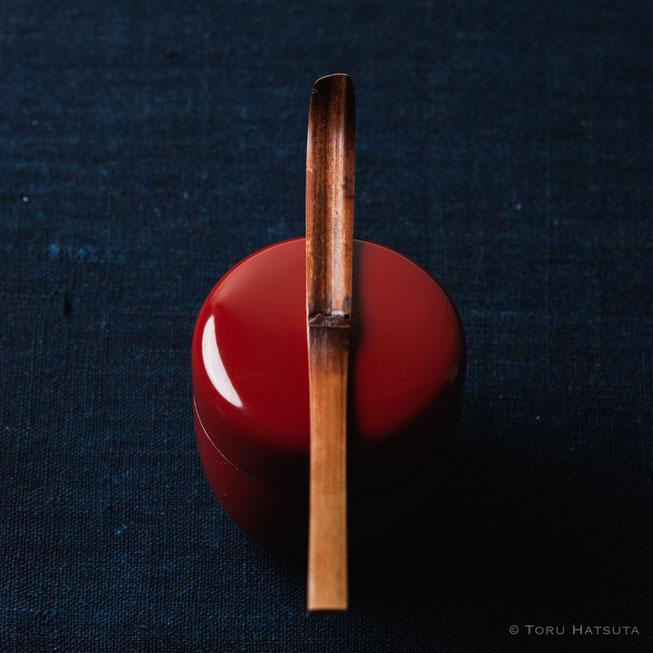 『煤竹旅茶杓.F』点前の際の目線のイメージで