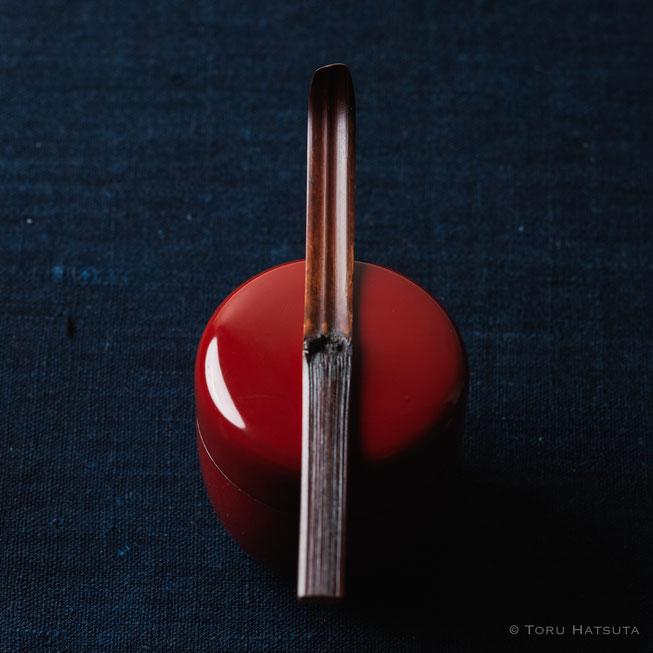 『煤竹旅茶杓.B』点前の際の目線のイメージで