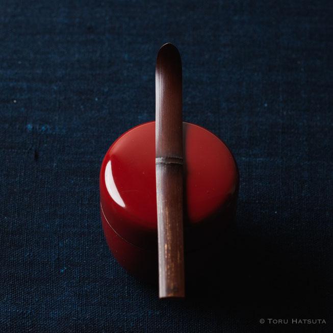 『煤竹旅茶杓.M』点前の際の目線のイメージで