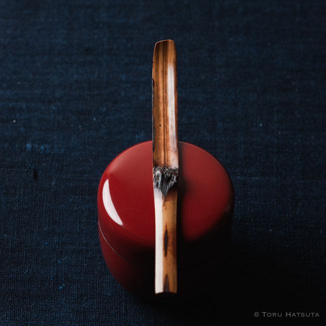 『煤竹旅茶杓.A』点前の際の目線のイメージで