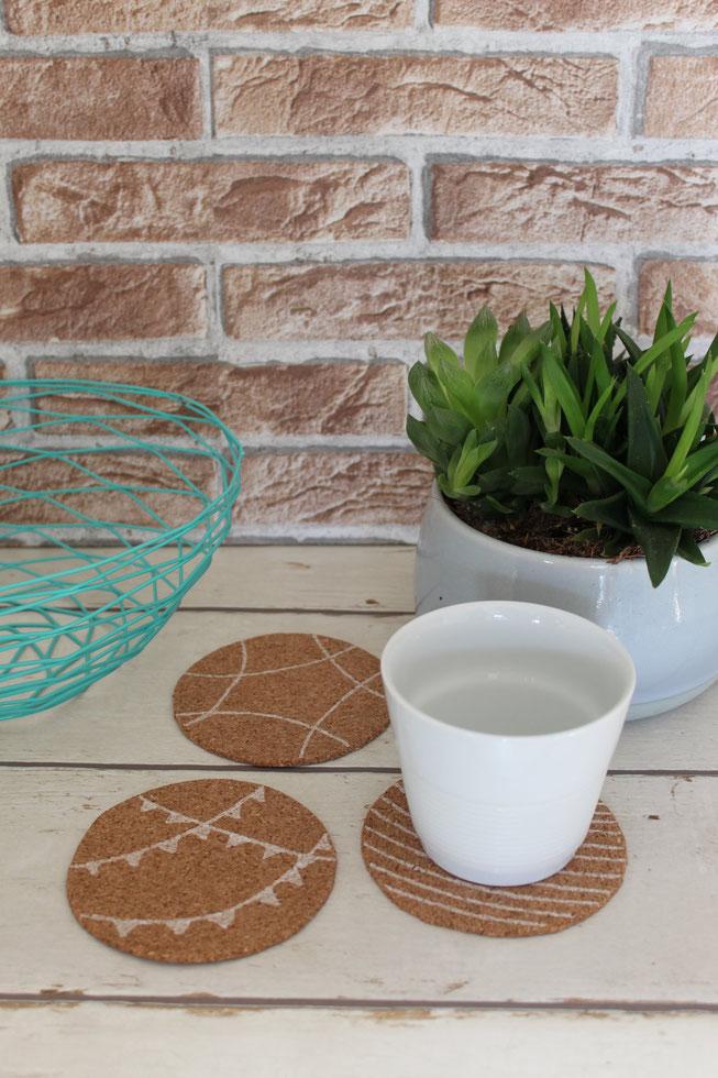 myGrrenhome Nachhaltig Auszeit Entspannung kreativ basteln Kreidestifte Korkuntersetzer malen greenlifestyle diy homemade