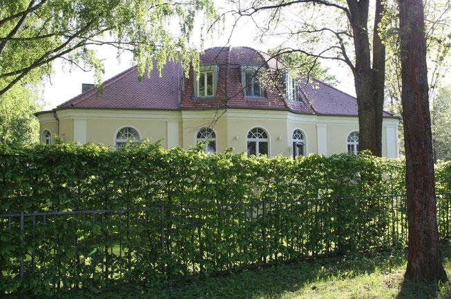 Potsdam Berliner Vorstadt Villengegend beste Wohngegend Wohnhaus Einfamilienhaus Altbau Villa