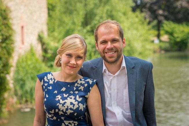 Mein Mann Michael und ich bei einer Hochzeitsfeier auf Schloss Vollrads in Oestrich-Winkel im hessischen Rheingau.