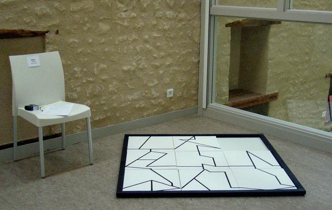 """installation """"3X3-1"""" - 120X120 - 2011 - médiathèque de VOUILLE (86)"""