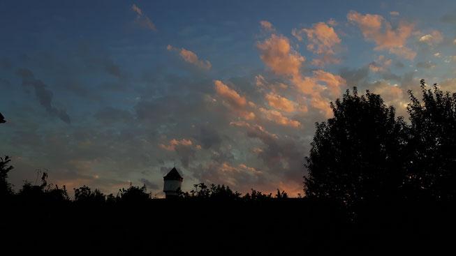 Wasserturm Nettetal Lobberich bei Sonnenuntergang