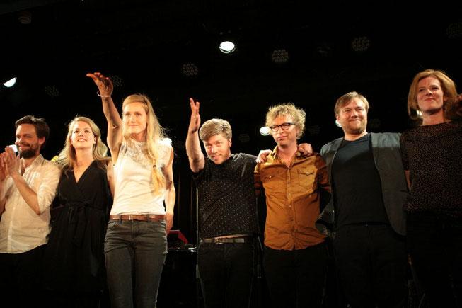 en buigen met Thijs Maas, Yentl Schieman, Sjaan Duinhoven, Jan Groenteman, Tjeerd Gerritsen en Christine de Boer