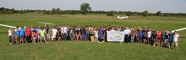 Gruppenbild aller Teilnehmer und Helfer, Foto: Günter End