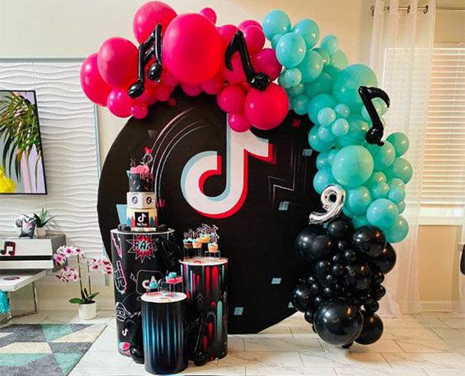 decoracion de tik tok para cumpleaños