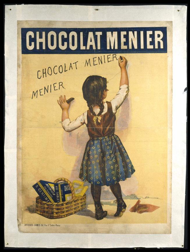 Werbeplakat der Firma Menier um 1893. Ein kleines Mädchen malt mit Schokolade den Namen Menier an die Wand