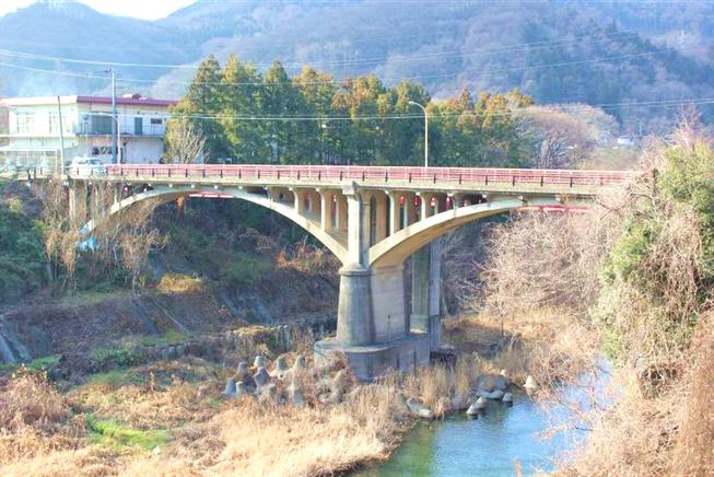現在の「渡戸橋(わたどばし)」(神川町)