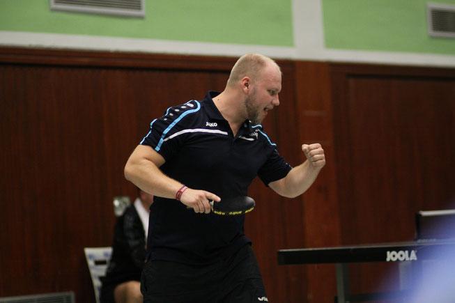 Jubelposer: Jens Laser trug sich beim Spiel der Herren I in Kirchhellen in die Siegerliste ein.