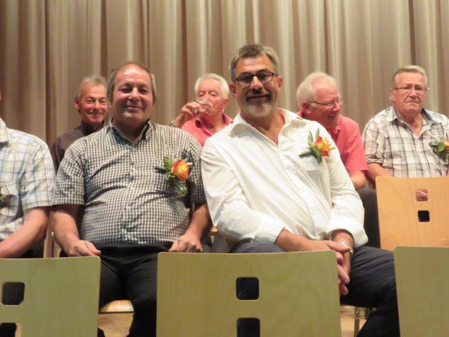 Heinz Brogle und Herbert Schmid wurden für ihre 35 Jahre Gesangstätigkeit geehrt.