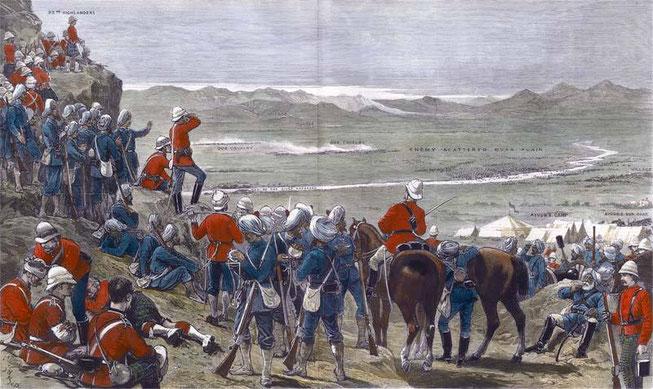 نیروهای پیاده بریتانیایی و پنجابی در پایان جنگ کندهار، افراد شکست خورده سردار ایوب خان را نظاره میکنند تصویر از: http://www.britishbattles.com/second-afghan-war/kandahar.htm