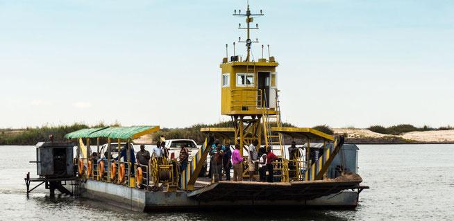 Sandaula Pontoon Zambezi River