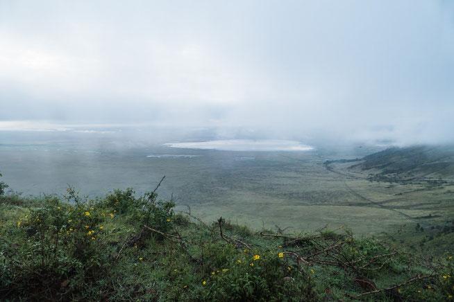 Blick in den Krater vom Seneto Gate vor der Einfahrt in den Krater