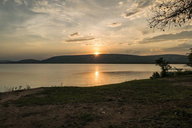 Sonnenuntergang am Lake Mburo