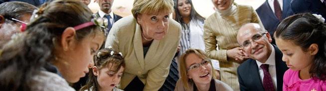 Merkel im Vorzeigecamp