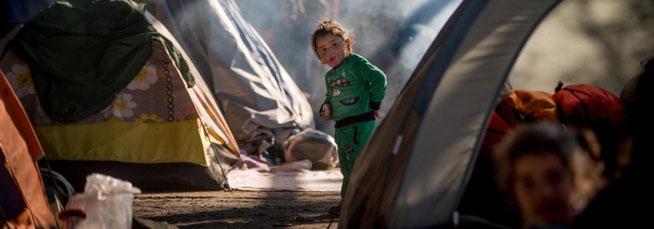 Im Februar teilte Europol mit, dass mindestens 10 000 alleinreisende Flüchtlingskinder in den vergangenen 18 bis 24 Monaten nach ihrer Ankunft in Europa spurlos verschwunden seien.