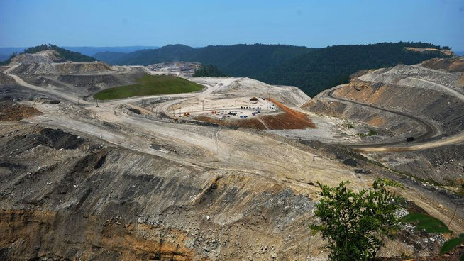 So sieht Mountaintop Removal Mining aus: Kohleabbau auf dem Kayford Mountain in West Virginia, USA (Archiv). © Mandel Ngan/AFP/Getty Images