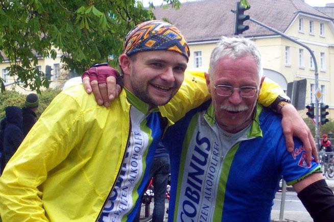 Die letzten Mohikaner im Ziel. Lars Rohmund und der Alte Mann