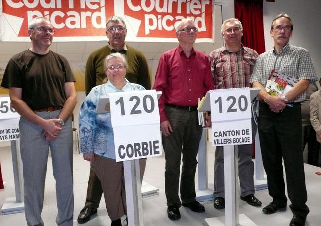 Les deux équipes qualifiées pour la finale : Corbie et le canton de Villers-Bocage