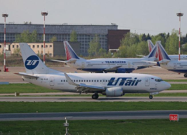 "B 737-524/W "" VQ-BJQ "" UTair -1"