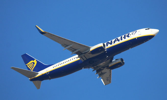 "B 737-8AS (W)  "" EI-DPV ""  Ryanair -1"