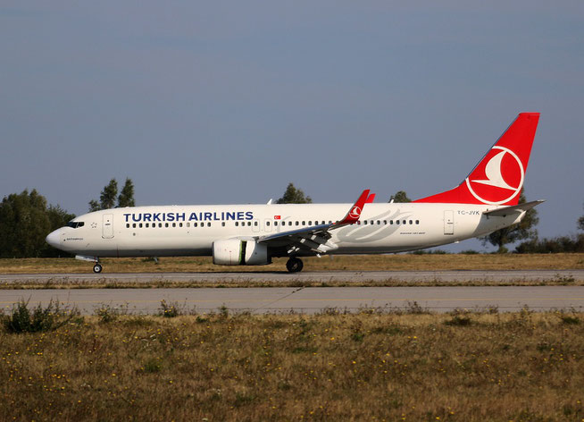 "B 737-8F2/W "" TC-JVK "" Turkish Airlines -1"