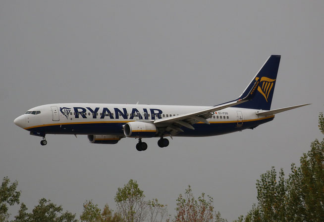 "B 737-8AS (W)  "" EI-FOO ""  Ryanair -1"