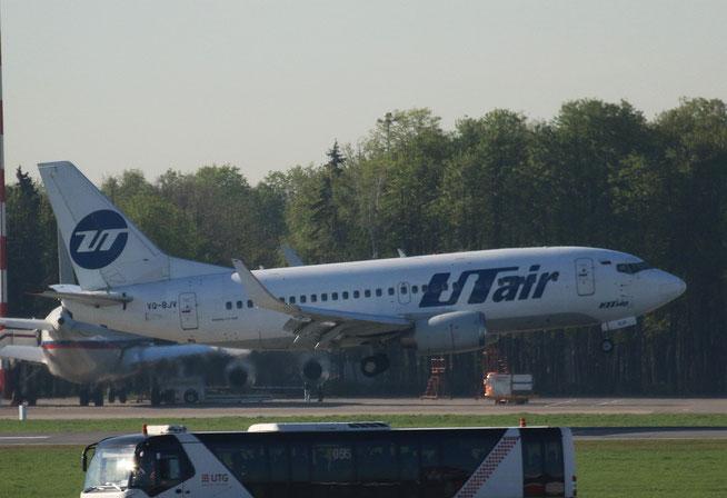 "B 737-524/W "" VQ-BJV "" UTair -1"