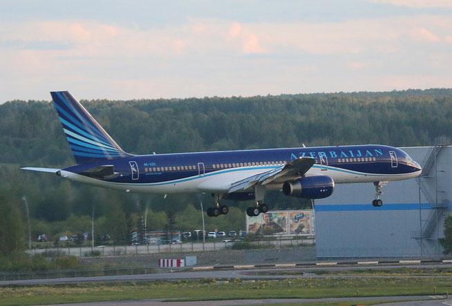 "B 757-200  "" 4K-AZII "" Azerbaijan Airlines -1"