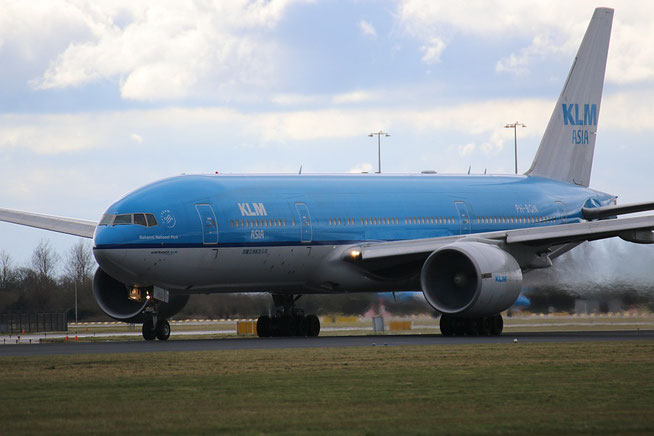 "B 777-206ER  "" PH-BQN ""  KLM Royal Dutch Airlines -1"