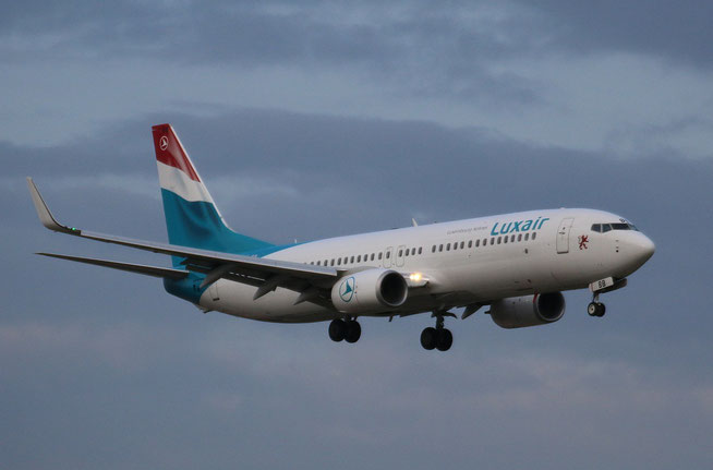 "B 737-86J/W "" LX-LBB ""  Luxair -1"