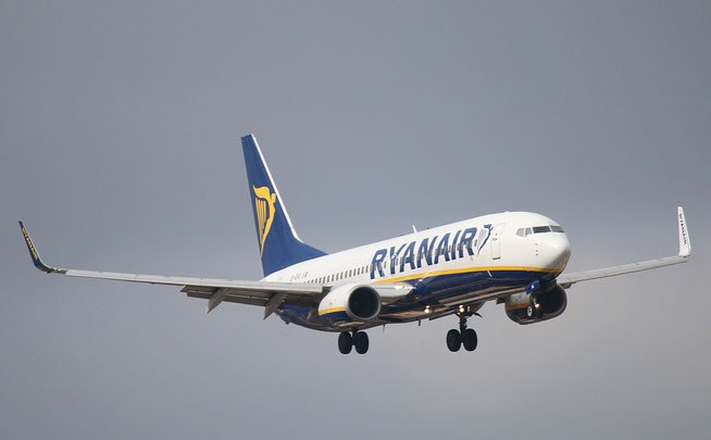 "B 737-8AS (W)  "" EI-EKG ""  Ryanair -1"