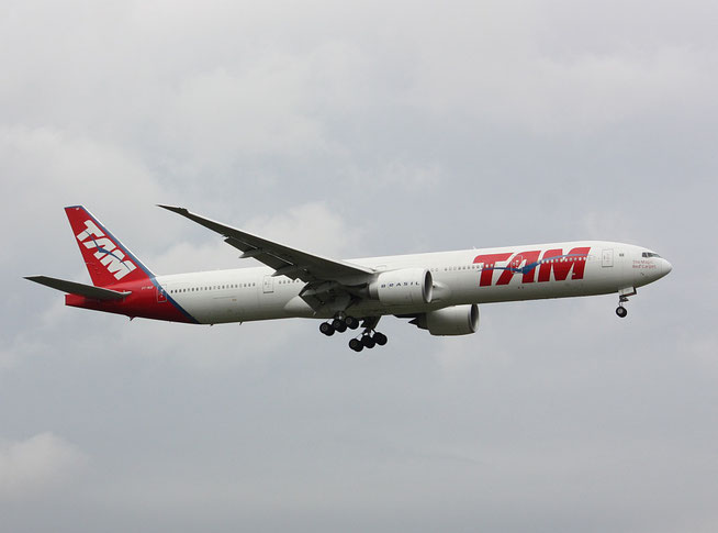"""B 777-32WER """" PT-MUF """"   TAM Linhas Aereas -1"""