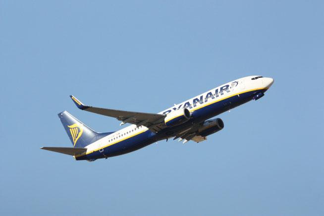 """B 737-8AS (W)  """" EI-EMF """"  Ryanair -1"""