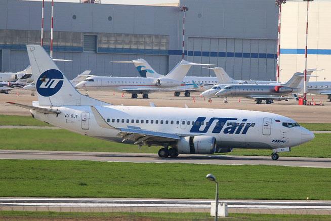 "B 737-524/W "" VQ-BJT "" UTair -1"