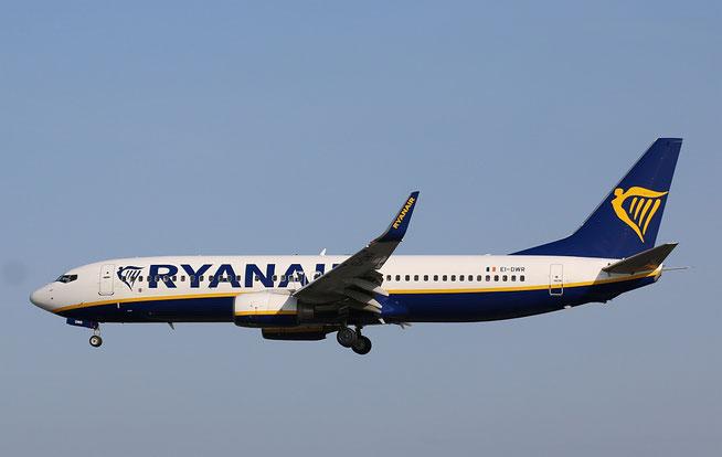 """B 737-8AS (W)  """" EI-DWR """"  Ryanair -1"""