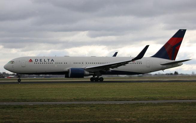 "B 767-332ER "" N176DZ "" Delta Airlines -1"