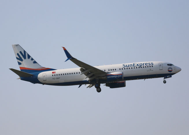 "B 737-8HC/W "" TC-SNT "" SunExpress -1"