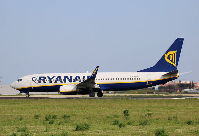 "B 737-8AS (W)  "" EI-ESY ""  Ryanair -2"