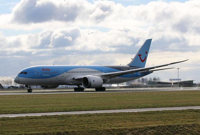 """B 787-8 """" PH-TFM """"  ArkeFly -1"""