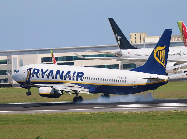 """B 737-8AS (W)  """" EI-ENI """"  Ryanair -2"""